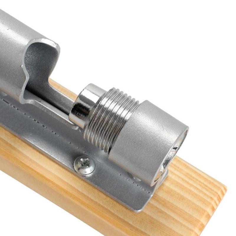 Casse Noix à levier avec support bois