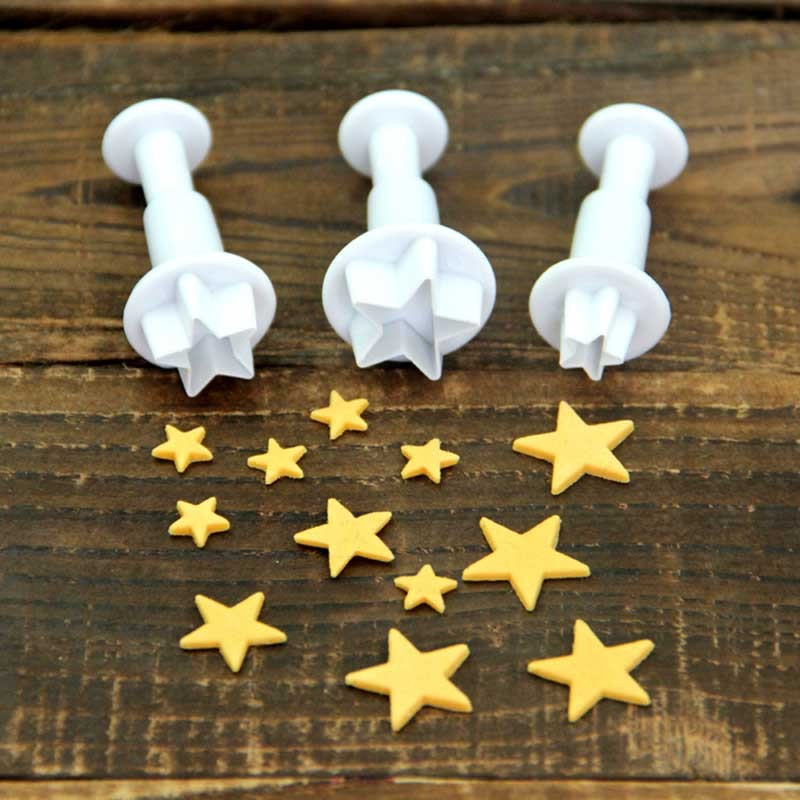 X3 Emporte-pièces Coeur avec moulures