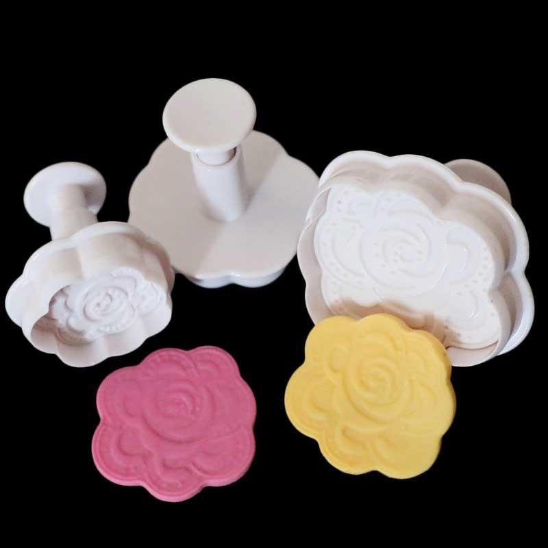 X3 Emporte-pièces Pétales de roses
